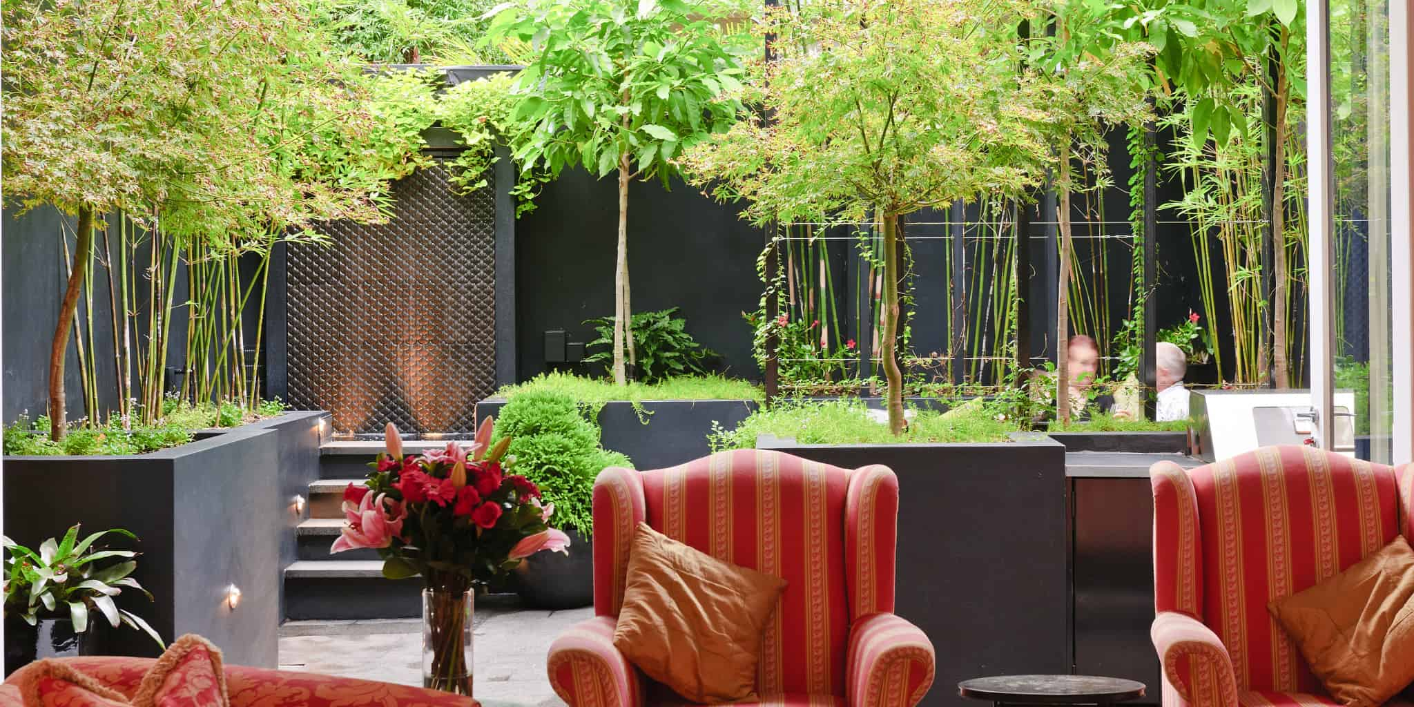 Dramatic landscape design by Urban Exotic