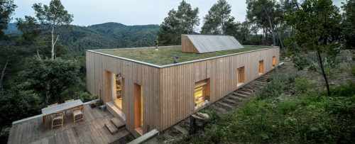 Architecture Sustainably Spanish Abode Green Roof Exterior