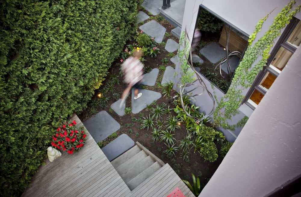 Funky courtyard design for Paddington terrace