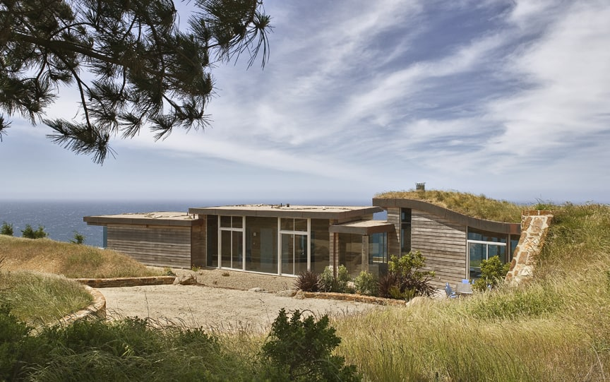 Seamless and sustainable architecture in Big Sur, California