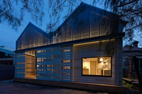 Sustainable house design: house reduction by Make Architecture