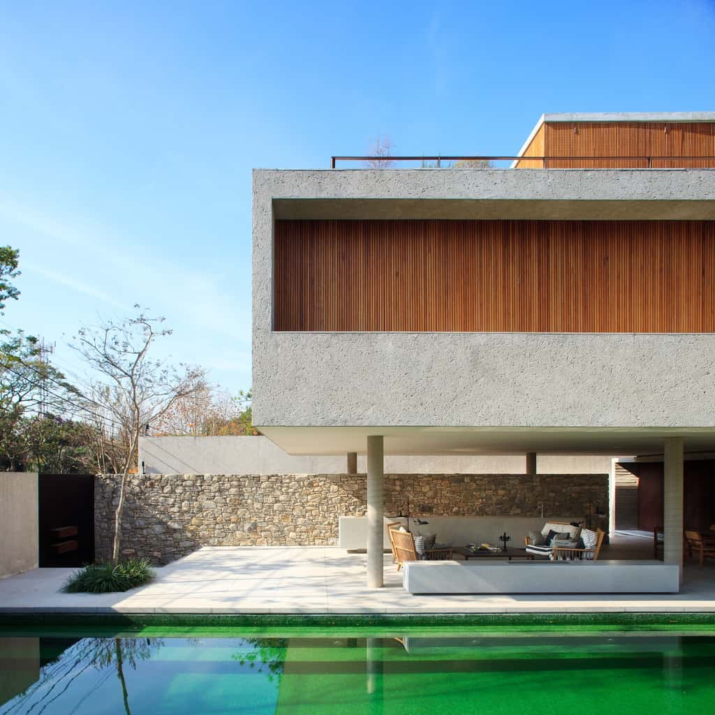 Brazilian architecture bringing the outdoors in