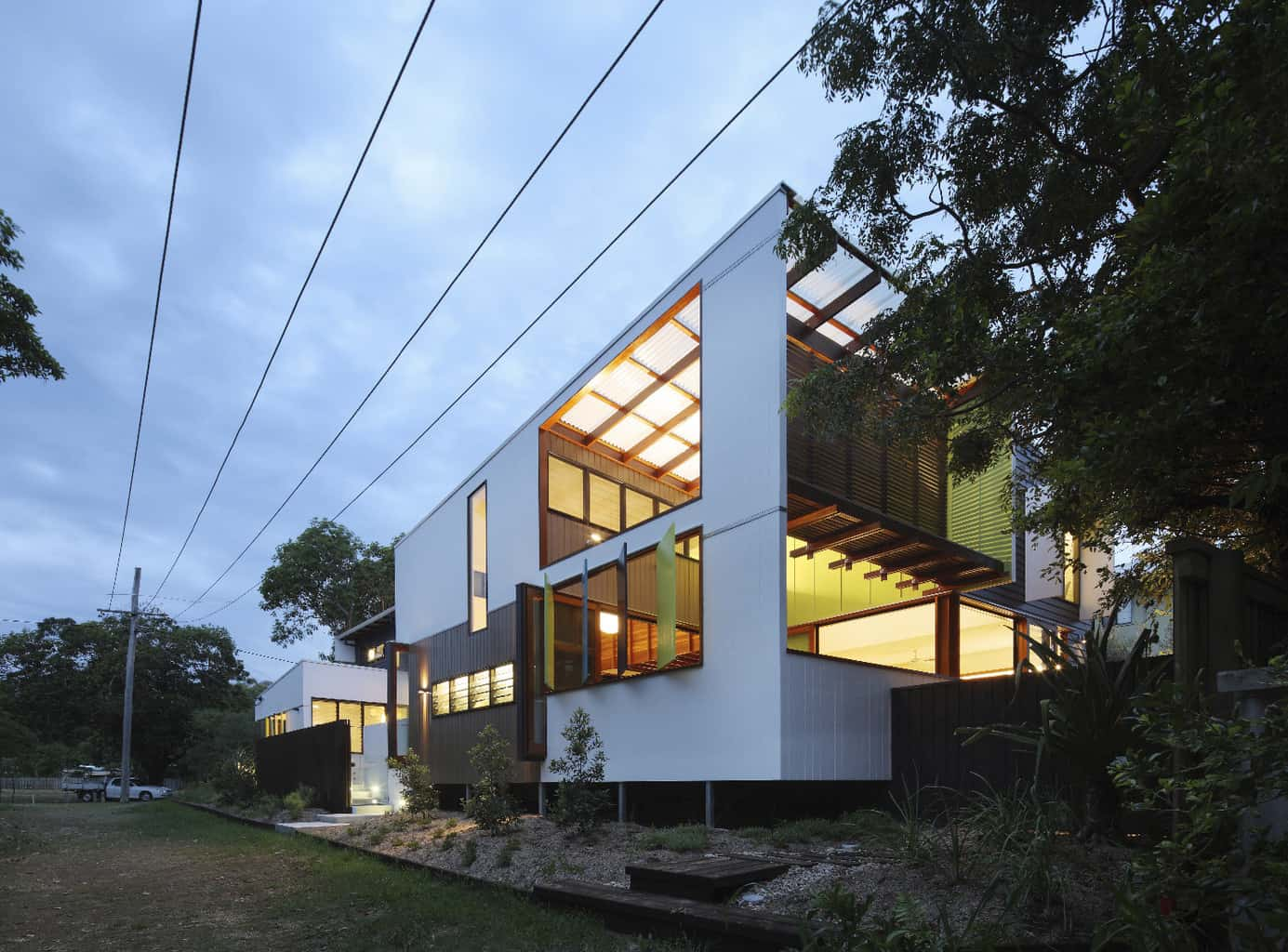 Pod style architecture on Stradbroke Island
